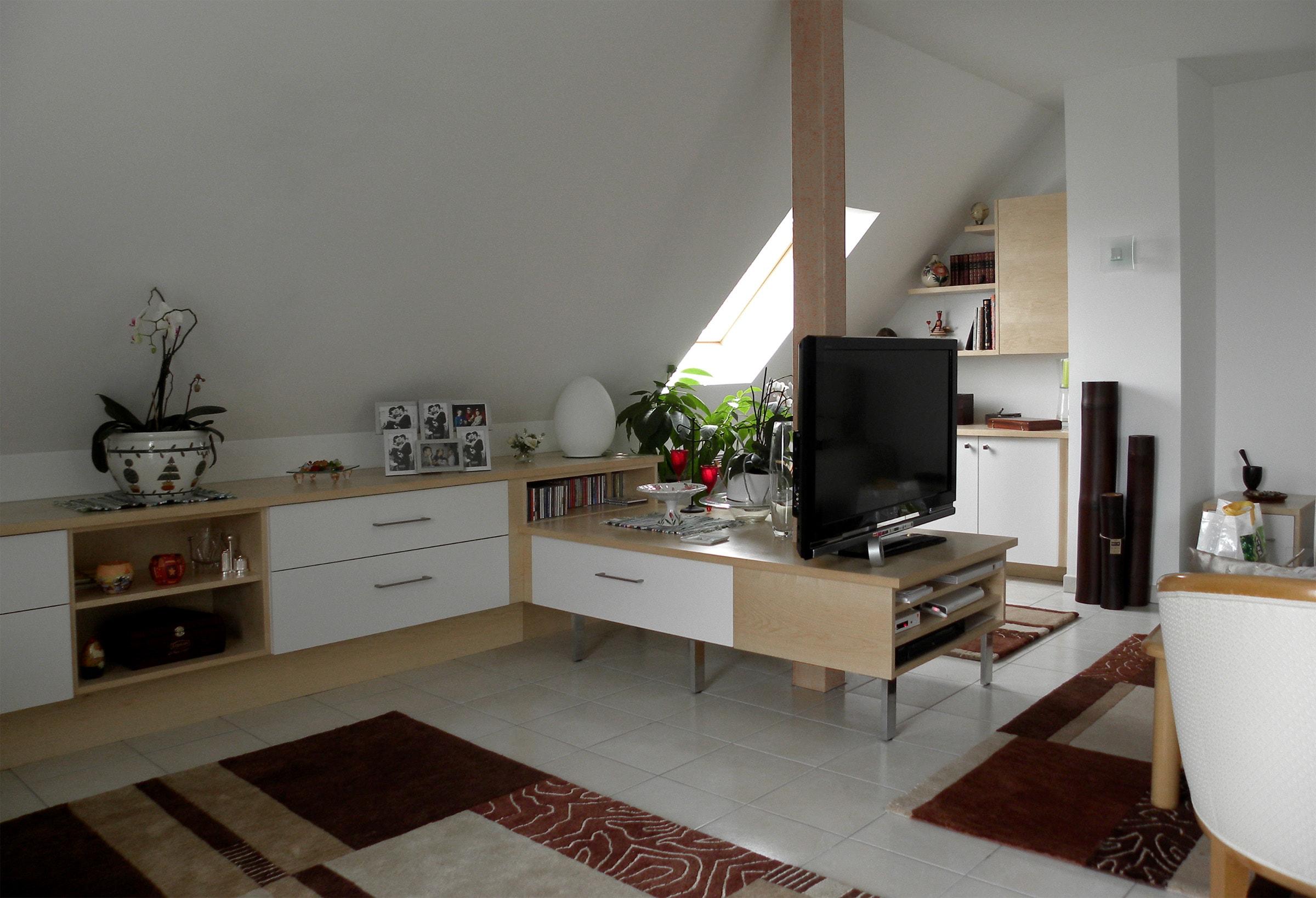 Meubles-salon-séjour-plaquage-Erable-et-Laque-blanche-1-min
